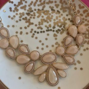 Jewelry - Pink Stone Statement Necklace